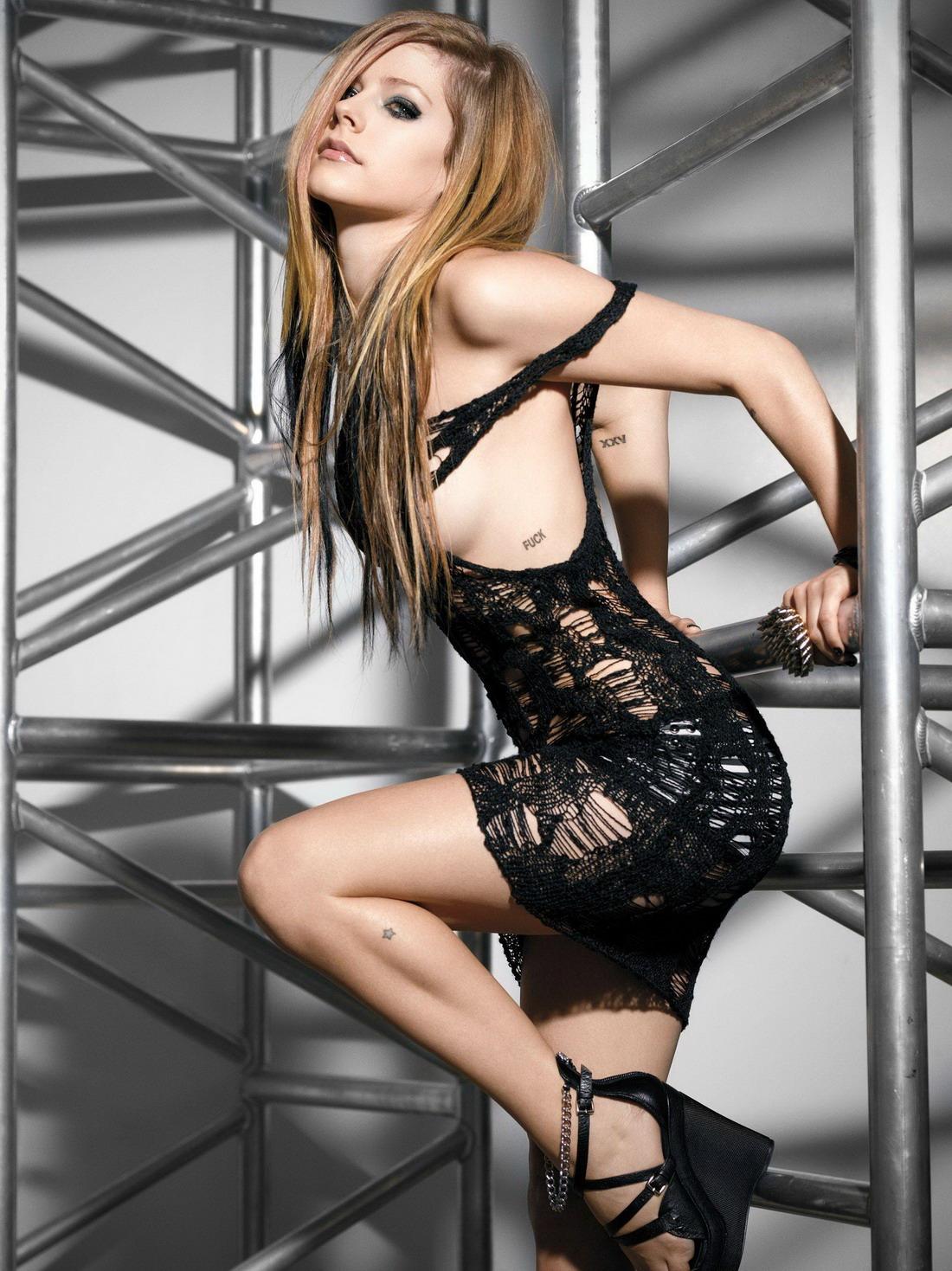 Сексуальная Avril Lavigne