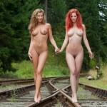Грудастые красотки Irena & Ariel идут по путям