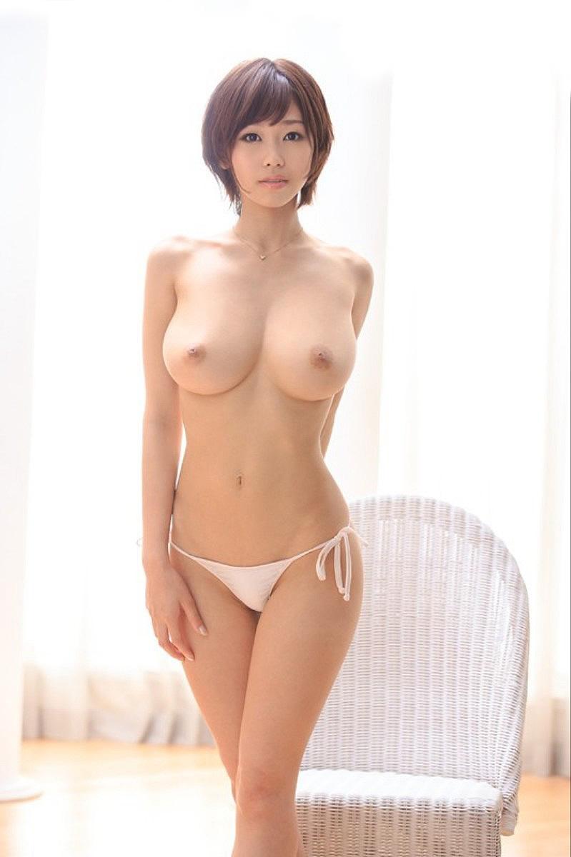 Очень грудастая азиатка фото 655-989