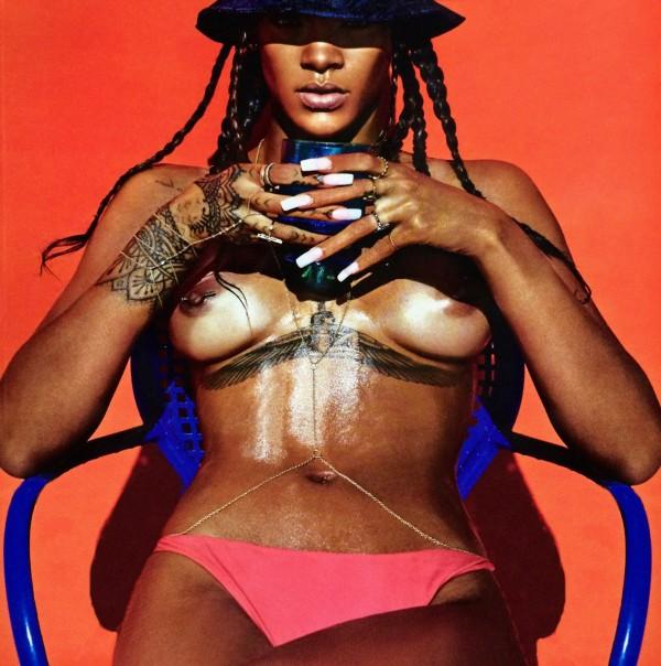 Rihanna Nude For Lui Magazine (2)