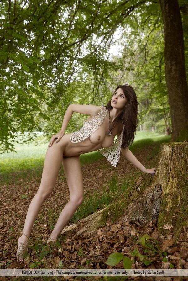 Jasmine Andreas (14)