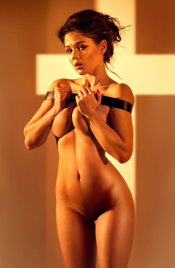 Горячая девочка с отличным телом